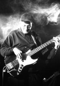 2002 - Hamburg (G) - Al Morris (bass)