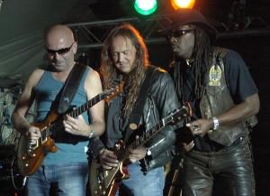 2007 - Sterzing (A) - Dox Reinelt (guitar), Wolf Schludi (guitar, vox), Lewis Glver (harp, vox)