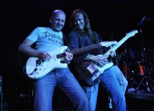 2008 - Augsburg (G) - Doc Reinelt (guitar), Wolf Schludi (guitar, vox)